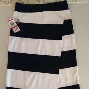 NWT INC International Concepts Striped Skirt XS